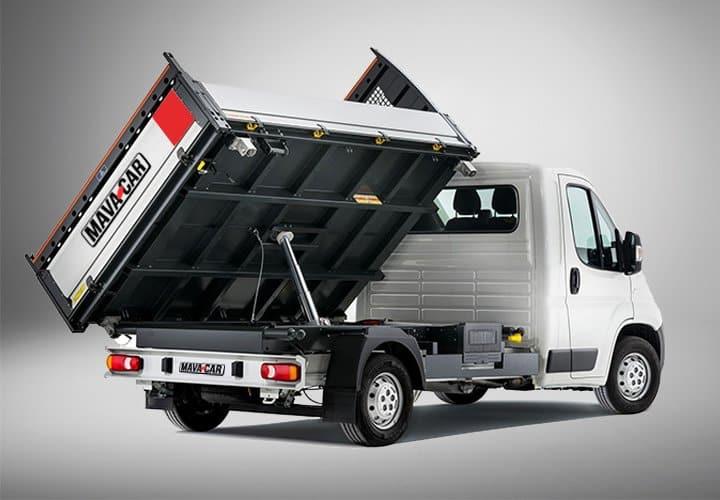 furgone con cassone ribaltabile trilaterale di Mavacar